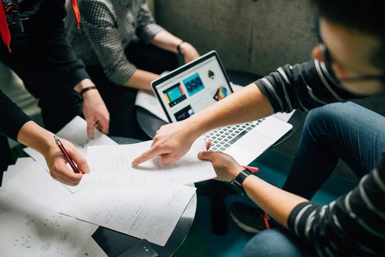 Erfolgreiches Projektmanagement – der lösungsorientierte Umgang mit Machtspielen